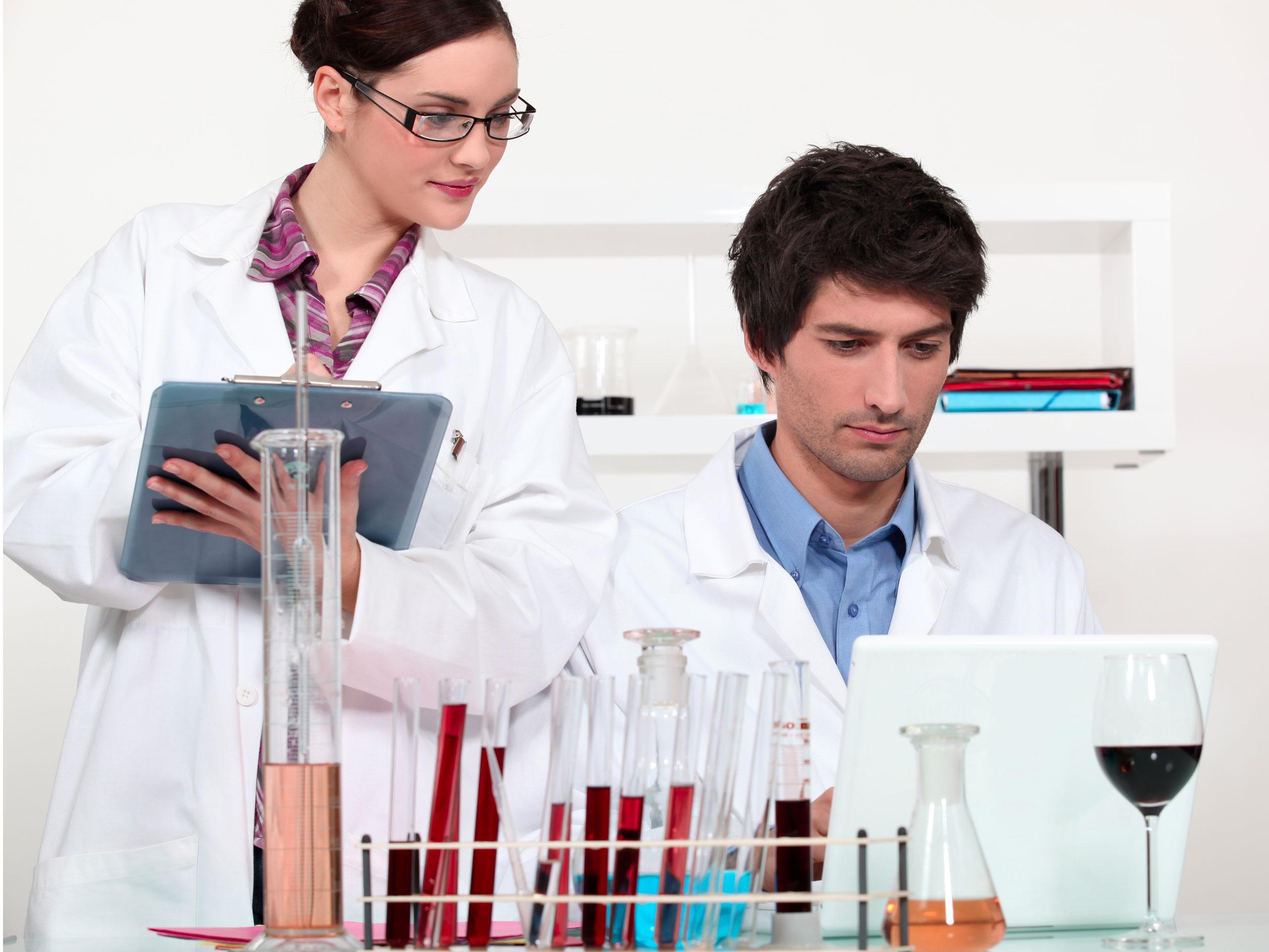 enotecnica-laboratorio